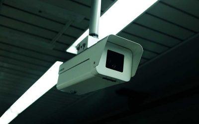 ¿Se pueden instalar cámaras en una comunidad de vecinos?